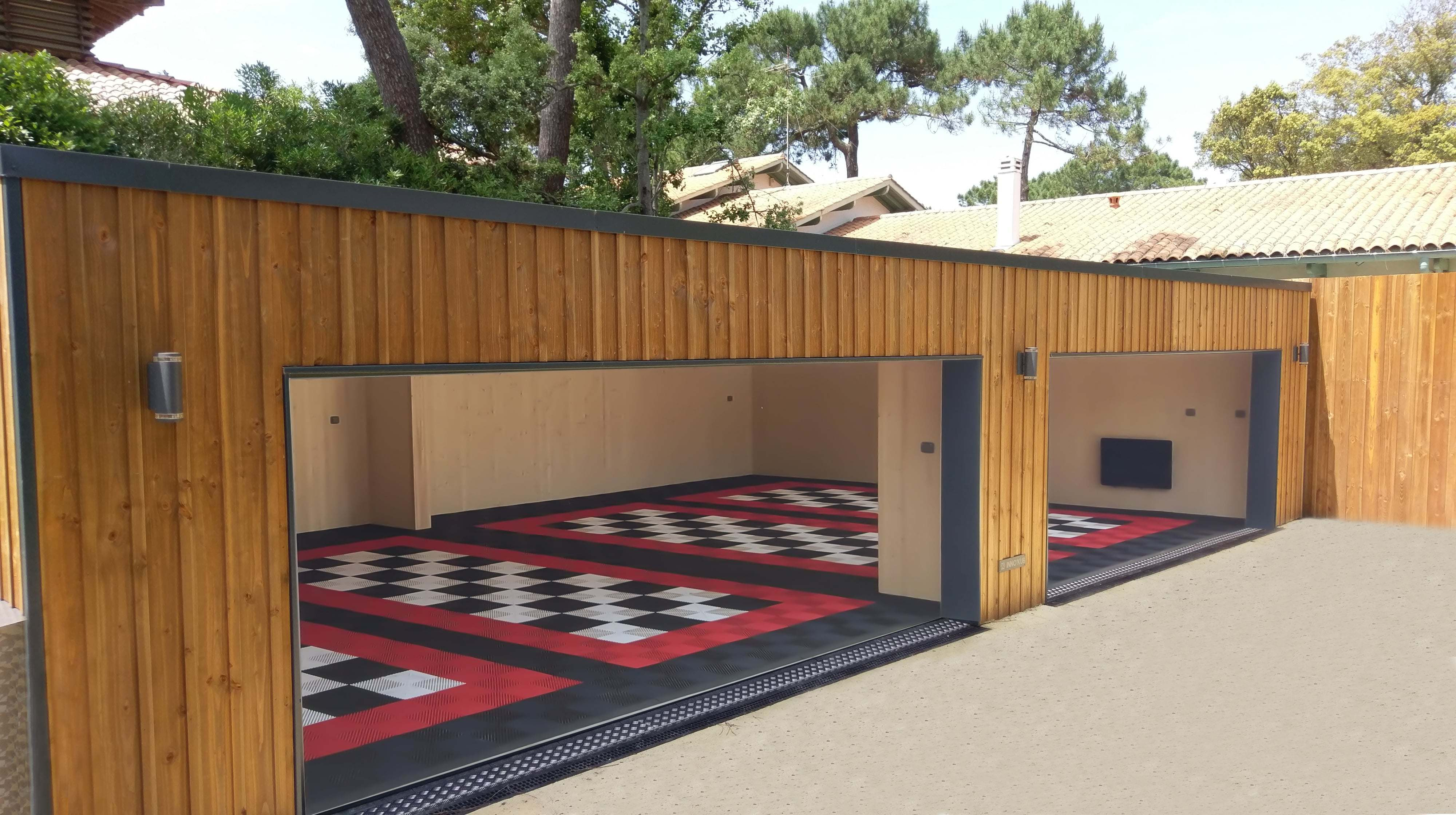 <h6>Garage / Version personnalisable / 4 places </h6>